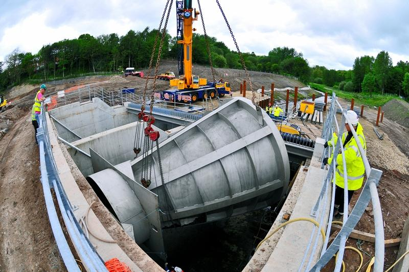 Installing a giant Hydro-Brake for the Wigan Flood Alleviation Scheme